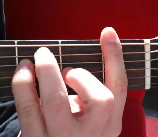 三個絕招解決和弦轉換不連貫的問題